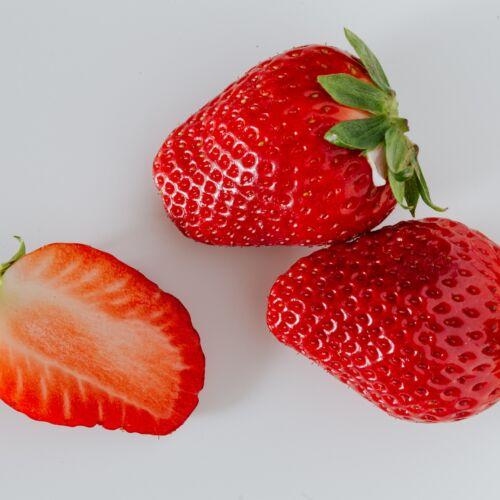 Verse aardbeien bij de Lierse Asperges